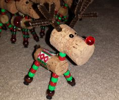 Wine Cork Reindeer Ornaments by OtterCatCrafts on Etsy Wine Cork Ornaments, Reindeer Ornaments, Holiday Ornaments, Christmas Decorations, Christmas Crafts Sewing, Diy Christmas Gifts, Holiday Crafts, Wine Cork Art, Wine Cork Crafts