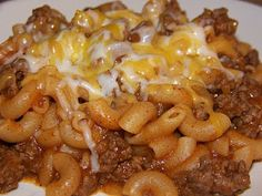 Chili Mac - BY FAR one of MY FAV dishes! i make this all the time - p.s my mom totally invented this!
