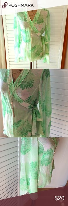 Banana Republic Wrap Cute BR wrap. Small. 100% silk. Super cute just in time for Spring. Banana Republic Tops Blouses