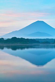 Fuji and Lake Shoji, Japan Places Around The World, The Places Youll Go, Places To See, Around The Worlds, Wonderful Places, Beautiful Places, Beautiful Pictures, Mount Fuji Japan, Monte Fuji