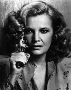 Gena Rowlands made a big splash in a 1980 commercial action film by husband John Cassavettes called Gloria. Gena Rowlands, Tippi Hedren, Sharon Stone, Sean Connery, Bette Davis, Geena Davis, Alfred Hitchcock, Hollywood Actresses, Actors & Actresses