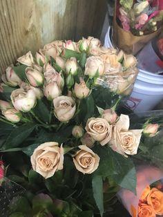 Flower Names, Floral Wreath, Wreaths, Flowers, Home Decor, Names Of Flowers, Floral Crown, Decoration Home, Door Wreaths