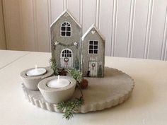 julehuse hus jul i beton - Concrete christmas diy made by Anne-Sofie Cement Art, Concrete Crafts, Clay Crafts, Wood Crafts, Diy And Crafts, Art Concret, Pottery Houses, Beton Design, Concrete Pots