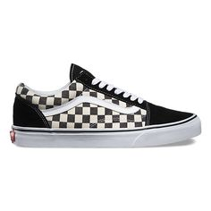 The Checkerboard Old Skool, the Vans classic skate shoe and first to bare the iconic sidestripe, is a low top lace-up featuring sturdy canvas and suede uppers with a timeless checkerboard print, re-enforced toecaps to withstand repeated wear, signature rubber waffle outsoles, and padded collars for support and flexibility.