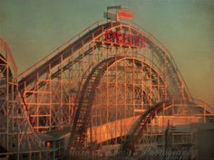 Didn't get time to go on the Cyclone on Coney island last time we were in NYC so roll on next spring for our next visit!!