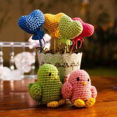 """""""Este foram feitos pela querida amiga e aluna @thaisacsf , vovó coruja da Cecilia! Olha como ficou lindo! #amigurumi #crochet #presente #crochetdoll…"""""""