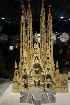 12 Amazing Christian Sculptures made out of LEGOs