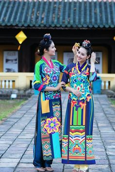 Vietnam , ethnic groups in vietnam , hue city , trungviet kingdom