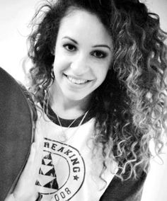 Liam's girlfriend Danielle. She's beautiful, obviously, but the thinspo blogs dedicated to her (and Eleanor) are awful. Just because Danielle, El and Perrie are beautiful does not mean that you aren't.