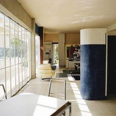Residence E1027 by Eileen Gray, 1929. Imagery courtesy of Designtel.