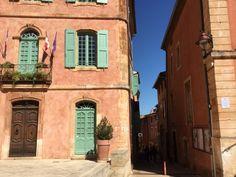paris breakfasts: Roussillon, Vaucluse