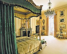 A bedroom at Stoneleigh Abbey