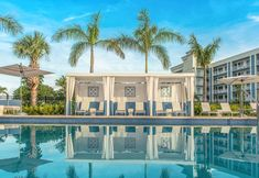 View deals for The Gates Hotel Key West. Guests praise the pleasant rooms. Key West Golf Club is minutes away. WiFi and parking are free, and this hotel also features an outdoor pool. Florida Keys Hotels, Florida Beaches, Florida Travel, Florida Honeymoon, Honeymoon Ideas, Florida Vacation, Best Key West Hotels, Key West Resorts, Hotels And Resorts