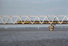 Moerdijkbrug, Nederland