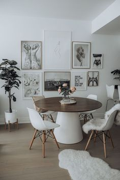 Dining room update with Desenio - Flaunt and Center room decor apartment Dining room update with Desenio - Flaunt and Center Dining Room Inspiration, Dining Room Design, Dining Room Art, Dining Table, Scandinavian Interior, Apartment Living, Living Room Decor, Decor Room, Wall Decor