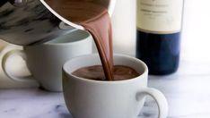 Red Wine Hot Chocolate Recipe, Vino Y Chocolate, Chocolate Food, Chocolate Chips, Melt Chocolate, Ponche Navideno, Champurrado, How To Make Red, Chocolate Caliente