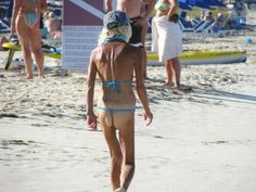 Funny Old People pics) Which is worse? A skinny ass or a big fat ass? Cause both are something to behold. Funny Old People, People Of Walmart, Humor, Bikinis, Swimwear, Thong Bikini, Skinny, Beach, Fat
