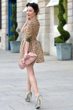 pastel vintage look with bright modern red lip n nails