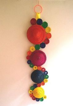 Wall Hanging Cool Paper Crafts, Paper Flowers Craft, Newspaper Crafts, Craft Stick Crafts, Flower Crafts, Diy Paper, Paper Wall Hanging, Wall Hanging Crafts, Paper Wall Art