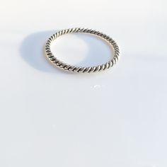 Image of Twist Ring [BL11]