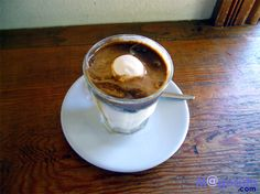 カンポスコーヒー アフォガート : カフェでおいしいコーヒー