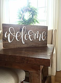 Welcome Sign Home Decor Rustic Hand by SalvagedChicMarket . - Holz - Holzschilder DIY - Deco Home Diy Home Decor Rustic, Home Decor Signs, Diy Signs, Farmhouse Decor, Painted Wood Signs, Wooden Signs, Wood Signs Sayings, Wooden Welcome Signs, Reclaimed Wood Signs