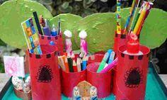 Castillo organizador de material escolar