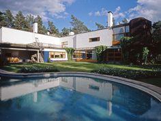 Garden elevation of studio wing. Alvar Aalto, Dining Room Windows, Villa, Rural Retreats, Main Entrance, Architecture Old, My Dream Home, House Design, Mansions