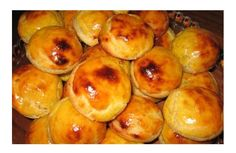 Other Recipes, My Recipes, Cake Recipes, Favorite Recipes, Portuguese Desserts, Portuguese Recipes, Portuguese Food, Queijadas Recipe, Gourmet Recipes