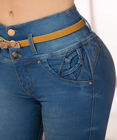 Jeans TyT - Jeans de moda TyT - Jeans TyT. Jeans de moda 100% colombianos para dama. Jeans, Fashion, Lady, Lugares, Moda, Fashion Styles, Fashion Illustrations, Fashion Models, Denim Pants