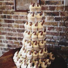 Ice cream cupcakes  Link in profile. Image @paulfullerphoto Venue @eastquayweddings