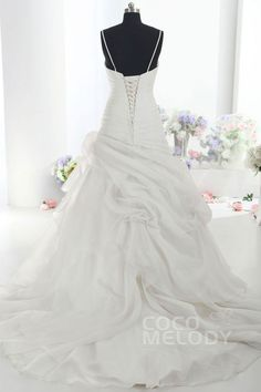 Trendy A-Line Spaghetti Strap Dropped Train Organza Ivory Sleeveless Lace Up-Corset Wedding Dress with Beading LD1099