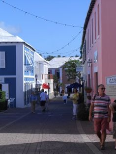 King's Wharf Bermuda - Cruise Port Advisor - Shopping, Restaurants, Things to Do Kings Wharf Bermuda, Bermuda Travel, Cruise Port, Shore Excursions, West End, Royal Navy, Places To See, North America, Attraction
