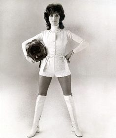 Shirley Muldowney, First   Lady of Drag Racing...