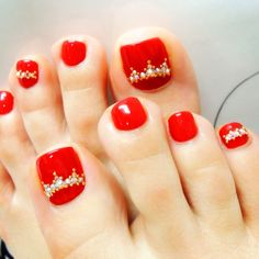 Pedicure Red Painted Toes Ideas For 2019 Purple Pedicure, Shellac Pedicure, Fall Pedicure, French Pedicure, Pedicure Colors, Pedicure Designs, Toe Nail Designs, Manicure And Pedicure, Wedding Manicure
