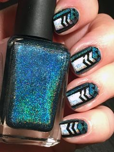 Reverse stamping using Bundle Monster plate BM-406 (Nail polish: Scintealliant from Enchanted Polish, Harp on it from Color Club and Kind os black S from Colour Alike)
