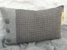 HARRIS TWEED houndstooth tweed Cushion Cover Grey/Navy with buttons   eBay