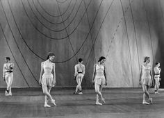 1946: Dancers (from left to right, foreground) Moira Shearer, Margot Fonteyn and Pamela May in Frederick Ashton's 'Symphonic Variations' at The Royal Opera House, Covent Garden, London.