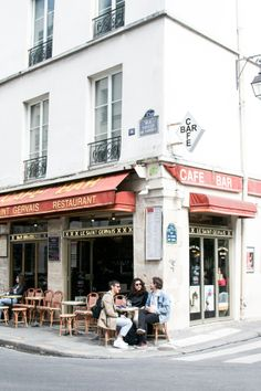 Paris Streetside Café