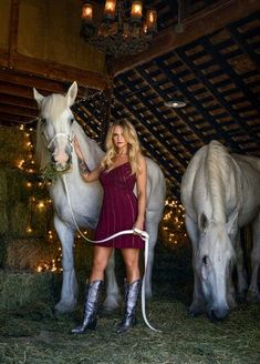Country Female Singers, Country Music Artists, Country Music Stars, Miranda Lambert Photos, Miranda Lambert Songs, Maranda Lambert, Singer Fashion, Hot Country Girls, Hot Actors