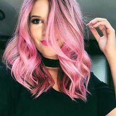 Oi, meus amores!!! Tudo bem com vocês? O Pink hair ( cabelo rosa) voltou a ser tendência, e como vocês sabem eu não resisti e me joguei no mundo...