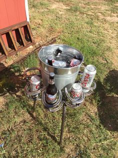 Horseshoe Drink Holder with Bucket - Welding Projects about you searching for. Horseshoe Projects, Horseshoe Crafts, Horseshoe Art, Horseshoe Ideas, Welding Art Projects, Metal Projects, Diy Projects, Blacksmith Projects, Project Ideas