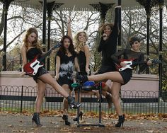 Frankie Sandford Photos Photos - Una Healy, Vanessa White, Molly King, Rochelle Wiseman and Frankie Sandford attend photocall to launch Band Hero game for PS3, Wii and Xbox 360 at Hyde Park on November 6, 2009 in London, England. - The Saturdays Launch Band Hero - Photocall