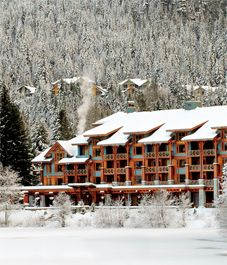 Whistler Guide: best places to eat, shop and sleep. Nita Lake Lodge, one of Whistler's best wedding venues. Vacation Places, Vacation Destinations, Canada Travel, Travel Usa, Best Places To Eat, Places To Visit, Canada Holiday, Best Ski Resorts, Holiday Places