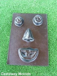 "Funny face mold concrete plaster casting garden close mouth mould 10/"" x 9/"" x 3//4"