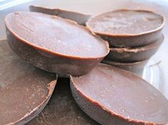 """""""Fridge fudge"""" with coconut oil and nut butter"""