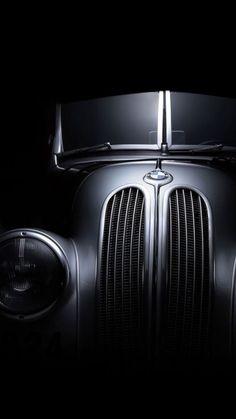 crazy-joe-white:Classic BMW. Beautiful old school hotrod...