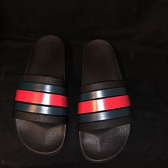 dfd663bc1bce25 gucci pursuit 72 slides black size 10 US  fashion  clothing  shoes   accessories