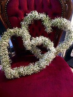 Gypsophila heart as a church decoration - Hochzeit, Kleider, Zubehör etc. Wedding Car, Wedding Church, Kinds Of Salad, Plant Care, Potpourri, Amazing Gardens, Wedding Decorations, Church Decorations, Pure Products