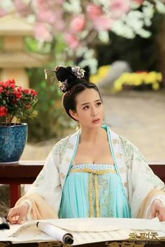 'The Empress of China' is a 2015 TV drama series set during the Tang Dynasty era. Janine Chang wearing Hanfu Style costume.